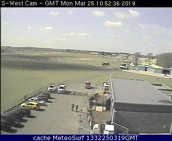 webcam Cotswold Airport South West