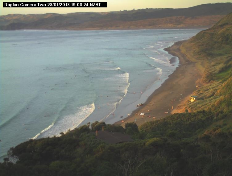 webcam Ngarunui Beach Waikato District