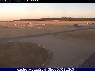 Webcam Waltham Airfield
